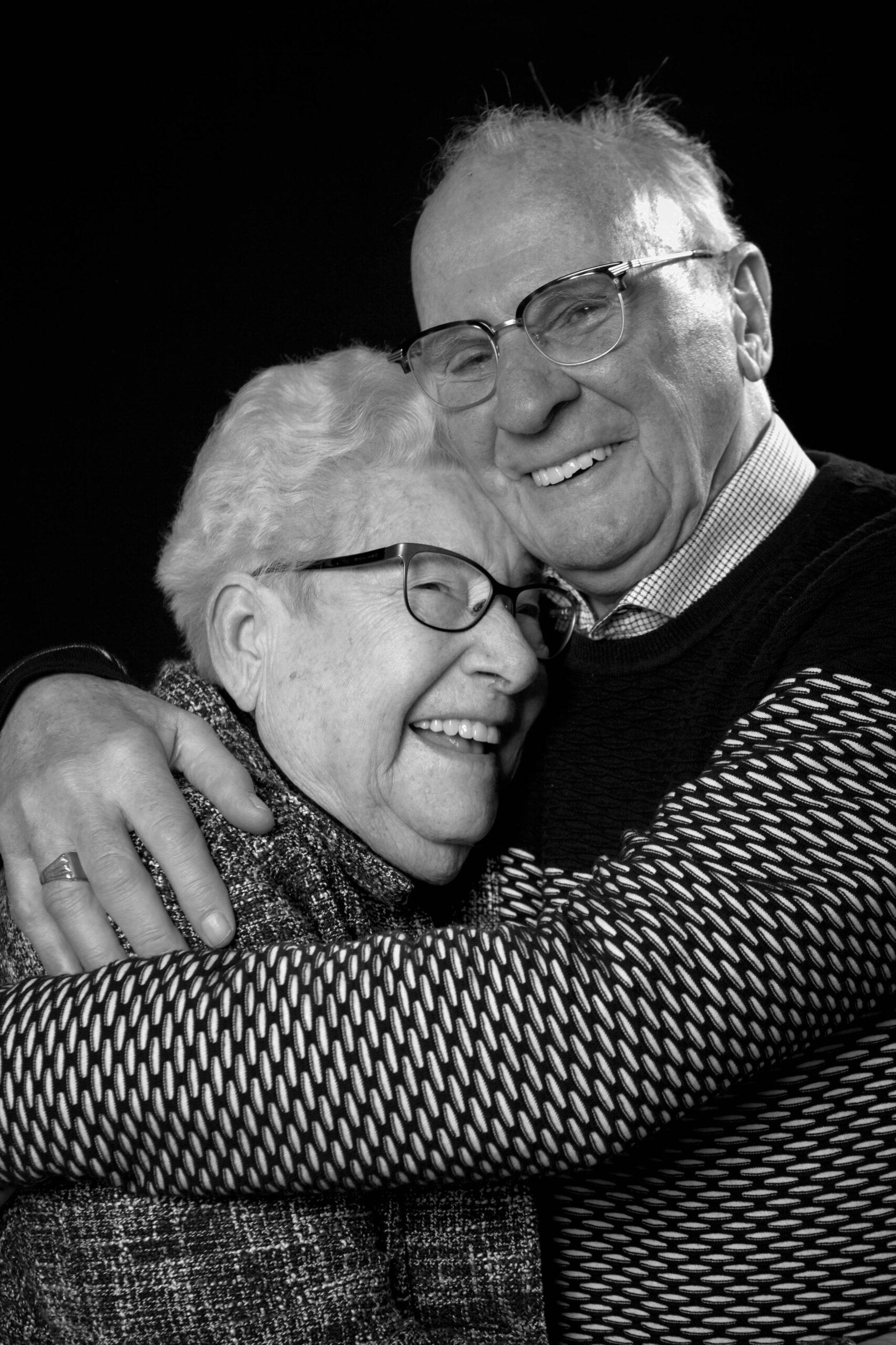 Juist ook bij seniorenfotografie streef ik ernaar om de persoonlijkheid van de mensen vast te leggen zoals ze echt zijn.